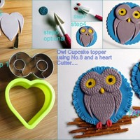Ho W To Make An Owl Cupcake Topper Using Your No8 And A Heart Cutterbyfancy Topcake Httpwwwfacebookcomfancytopcake Ho w to make an Owl Cupcake topper using your No.8 and a heart cutter.By:fancy TopCake http://www.facebook.com/FancyTopcake
