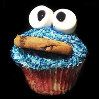 Cookie Monster Cupcakes Cookie Monster Cupcakes, Vanilla Maryland cookie Cupcakes, with a vanilla/coconut frosting, marshmallow and cookie decoration Should really...