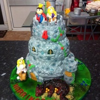 Boys Birthday Castle Cake   *Another Cake I did for A friends little boy.