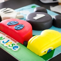 Mickey Mouse Clubhouse - Cake Outside The Box Mickey Mouse Clubhouse Cake