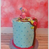 Cute Owl Double Barrel Birthday Cake Cute Owl Double Barrel Birthday Cake