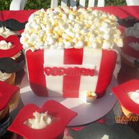 Carnivalcircus Popcorn Cake With Mustache And Lips Cupcakes   *Carnival/Circus Popcorn cake with Mustache and Lips cupcakes
