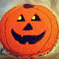 Boo! Wilton Jack-o_lantern pan,Chocolate cake with cookies n cream filling and vanilla buttercream.