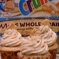 Cinnamon Toast Crunch Cupcakes Perfect for the kids or cereal lover. A french vanilla cinnamon cake with Cinnamon toast crunch Cream cheese BC.