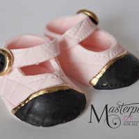 Gumpaste Chanel Inspired Baby Shoes Hnad made gumpaste baby shoes..