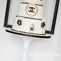 "Chanel Couture Cake Chanel Couture Cake inspired by a cake by the Caketress.The frames were made with different molds en the Chanel ""chain"" was made..."