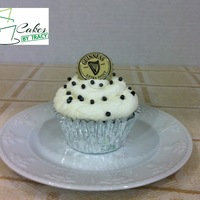 Guinness Stout Chocolate Cupcake Guinness Stout Chocolate Cupcake with a vanilla whipped frosting. These cupcakes are super moist and chocolaty. Probably one of the best...
