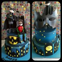 Batman & Robin Cake This cake I wanted every part to have something happening on the front & back....figurines were taught by the very talented Verusca...