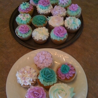 Buttercream Decorations Pina Colada Cupcakes with Pineapple filling and Coconut/ Rhum Buttercream