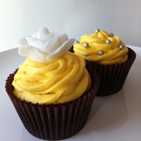 Lemon Rose Cupcakes