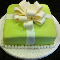 Fondant Cake With Bow