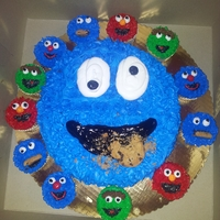 Sesame Street Cookie Monster with friends cupcakes