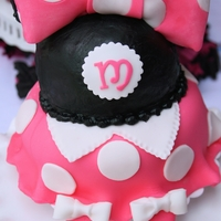 Minnie Mouse - Pink And Black Minnie Mouse themed cake
