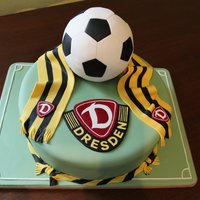 Dynamo Dresden The cake was made of several layers of sponge cake, filled with different kinds of ganache. The ball was made of two hemispheres of zebra...