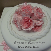 10Ins Celiac Sponge Cake For the same 50th celebration i was asked to make a wheat and gluten free cake for Celiac's, i i used flower paste for the pink roses...