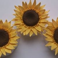 Sugar Sunflowers Gumpaste Sunflowers