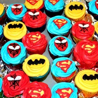 Superheroes! Batman, Spiderman And Superman Spiderman and Batman toppers made with fondant. Superman topper was made using the royal icing transfer technique!