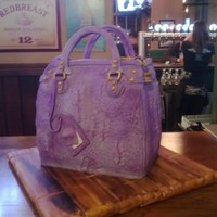 Purse Cake Inspired From The Elisa Strauss Crafts Class It Was So Much Fun To Make And So Many People At The Restaurant Thought It Was Rea... Purse cake inspired from the Elisa Strauss crafts class. It was so much fun to make and so many people at the restaurant thought it was...