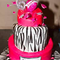 Hot Pink Topsy Turvy Birthday Cake For 6 Year Old Girl It Was A Fun Cake To Make And Very Bright And Sparkly There Are No Wires Going Di Hot PInk Topsy Turvy Birthday cake for 6 year old girl. It was a fun cake to make and very bright and sparkly. There are NO wires going...