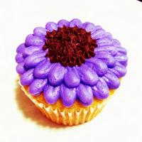 Gerber Daisy Cupcake   Purple, Buttercream, Gerber Daisy Cupcake I made. I just love edible flowers!!!