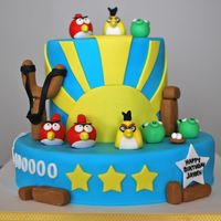 Angry Birds  When Lisa sent me a photo of an Angry Birds cake she was looking for I was super excited! I love bright and colourful schemes. I am not...