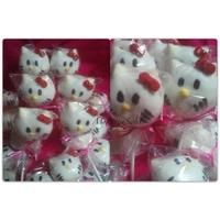 Hello Kitty Cake Pops Just for practice I made Hello Kitty Cake Pops