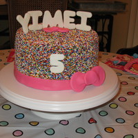 Yi Mei's 5Th Birthday - Hello Kitty Theme I have been wanting to try this ever since I saw the wedding cake done by bellacakecreations. Thank you for the inspiration!! It was such a...