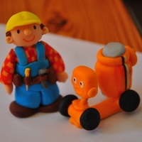 Bob The Builder Figure 5cm tall made with gumpaste