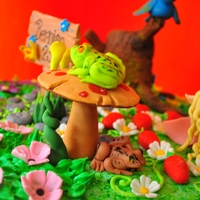 Frogs Frogs and mushroom made with gumpaste