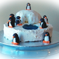 Lemon Cake With Smbc Filling And Frosting Gum Paste Penguines Fondant Igloo Got The Idea From This Site Thanks Lemon cake with SMBC filling and frosting. Gum paste penguines. Fondant igloo. Got the idea from this site - thanks!