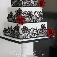 Black Red And White Wedding Cake Black, red and white wedding cake