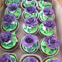 Wedding Purple Rose Cupcakes   Cupcakes for a purple/green wedding