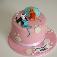Cats Birthday Cake Vanilla Sponge with fondant cats