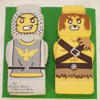 Lego Heroica Cake   The Knight and the Barbarian from the game Lego Heroica Fortann.