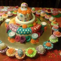Día De Muertos Day of the dea's cake, for my birthday =) By: Me and My mom