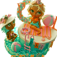 Pool Party Cake pool party with dolls Pullip 100% edibles.