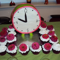 3D Clock Cake With Cupcakes 3D Cake and accompanying cupcakes with fresh mums for a bridal shower. I can post a tutorial on the clock if ya'll want.