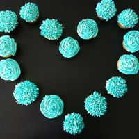 Breakfast At Tiffanys Cupcakes For Themed Bridal Shower Breakfast at Tiffany's cupcakes for themed bridal shower!