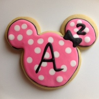 Minnie Mouse Sugar Cookie With Royal Icing Following A Design I Saw By Sugary Sweet Cookies minnie mouse sugar cookie with royal icing following a design I saw by sugary sweet cookies