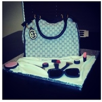 Gucci Purse Cake Gucci purse cake
