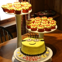 Minion Birthday Cake And Cupcakes For A Fan Of Despicable Me Minion birthday cake and cupcakes for a fan of Despicable Me!