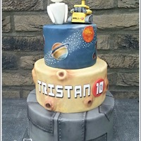 Wall-E & Eve Wall-E & Eve Birthday Cake