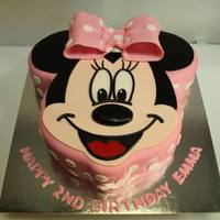 Minnie Mouse Cake *Minnie Mouse Cake