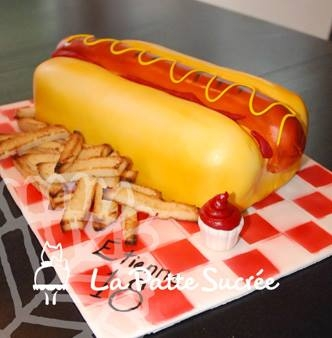 Hot Dog   14 inches hot dog! All cake :)