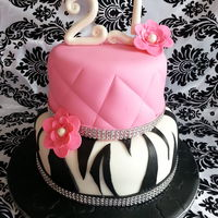Diamonds, Zebra, Quilted Cake red velvet, creamcheese buttercream, fondant and gumpaste