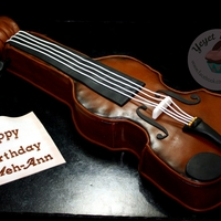 3D Violin Cake   My version of this 3D Violin Cake for a musically inclined celebrant