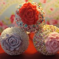 Cake Pops!   Some romantic cake pops