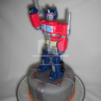 Transformers - Optimus Prime   25 cm tall Optimus Prime