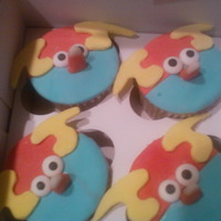 Space Angry Birds Cupcakes   Space Angry Birds cupcakes