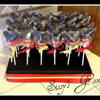 Mickey Mouse Cake Pops!